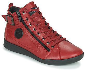 Pataugas PALME/N F4D women's Shoes (High-top Trainers) in Red