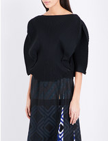 Issey Miyake Curved boxy-fit pleated top