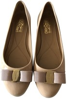 Salvatore Ferragamo Beige Patent leather Ballet flats