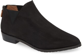 Gentle Souls by Kenneth Cole Neptune Leather Chelsea Bootie