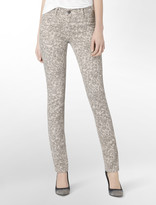 Calvin Klein Reversible Solid To Shadow Print Jeggings