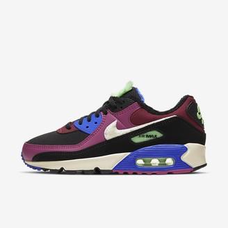 Nike Women's Shoe 90 Premium