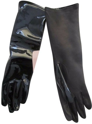 Christopher Kane Black Patent leather Gloves