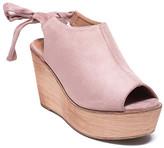 Refresh Women's Sandals MAUVE - Mauve Peep-Toe Kite Wedge - Women