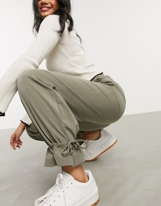 Pieces casual trousers with cuff detail in khaki