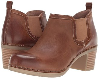 Dansko Harlene (Tan Waxy Burnished) Women's Clog Shoes