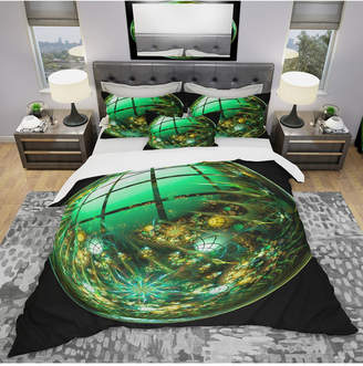 Designart 'Bright Green Fractal Sphere' Modern and Contemporary Duvet Cover Set - Queen Bedding