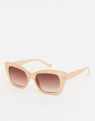 A. J. Morgan AJ Morgan cat eye sunglasses in beige