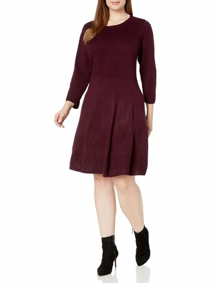 Jessica Howard JessicaHoward Women's Plus Size Scoop Neck Fit & Flare Dress