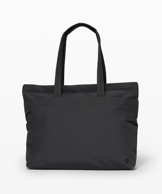 Lululemon On My Level Tote Large *Online Only 15L