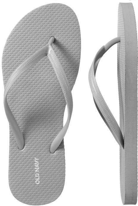 Old Navy Women's New Classic Flip-Flops