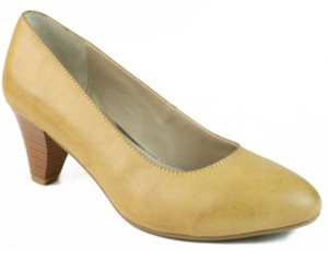 Rialto Stanford Stacked Heel Pump Women's Shoes
