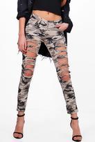 Boohoo Amelia All Over Distress Camo Skinny Jeans camo
