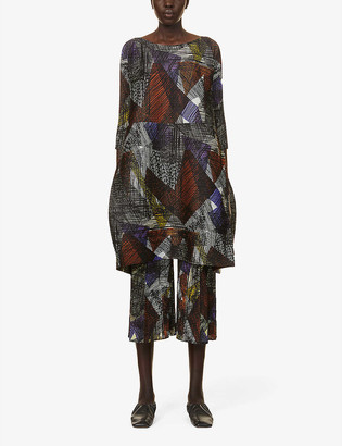 Pleats Please Issey Miyake Andante graphic-print pleated woven midi dress