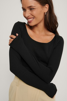 Queen Of Jetlags X NA-KD Ribbed Shoulder Detail Top