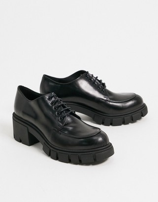 CHIO chunky lace up shoes in black leather