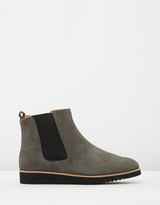 Walnut Melbourne Emerson Boots