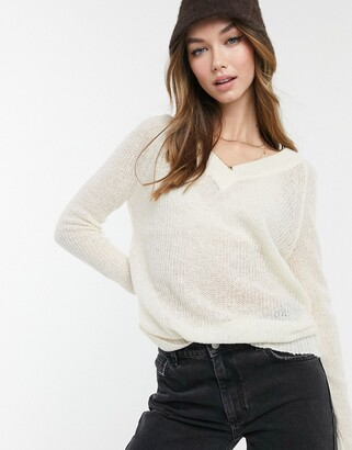 Brave Soul max v neck jumper in cream