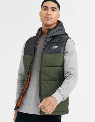 Jack and Jones Core padded gilet with mountain shoulder details in green
