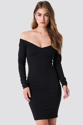 NA-KD Off Shoulder Bodycon Dress Black