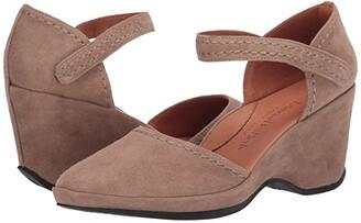 L'Amour Des Pieds Orva (Black Suede) Women's Sandals
