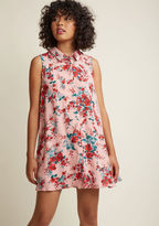 MCJH308128 It isn't fate bringing this dusty rose shift dress to your summer vacay wardrobe - it's your own amazing tastes! Discerning how delightful the jade and red florals, swingy mini silhouette, and lightweight material of this Jack by BB Dakota dress really ar