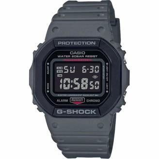 Casio Mens Digital Quartz Watch with Resin Strap DW-5610SU-8ER