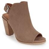Gentle Souls Women's 'Shiloh' Block Heel Slingback Sandal