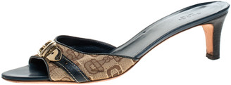 Gucci Beige Canvas And Blue Leather Trim Buckle Detail Open Toe Sandals Size 41