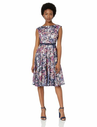 Gabby Skye Women's Petite Floral Printed Fit and Flare Belted Dress