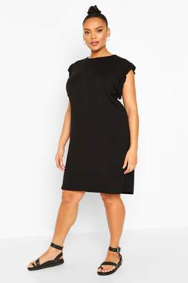 boohoo Plus Ruffle Detail Shift Dress