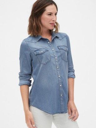 Gap Maternity Denim Western Shirt in TENCEL