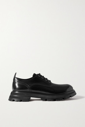 Alexander McQueen Glossed-leather Exaggerated-sole Brogues - Black
