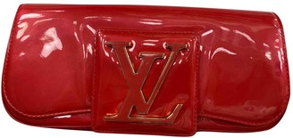 Louis Vuitton Sobe Red Patent leather Clutch bags