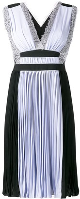 Three floor Sky High pleated dress