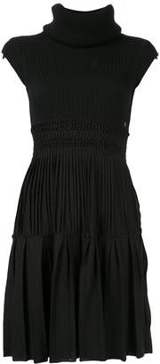 Chanel Pre-Owned pleated arm warmer dress