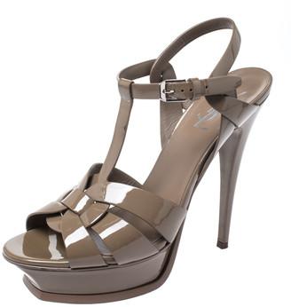 Saint Laurent Paris Beige Patent Leather Tribute Ankle Strap Sandals Size 39.5