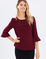 Review Connie Top