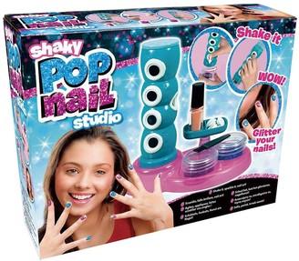 Shaky Pop Nail Studio