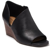 Lucky Brand Tylera Leather Wedge Sandal