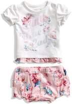 GUESS Short-Sleeve Tee and Shorts Set (0-12M)