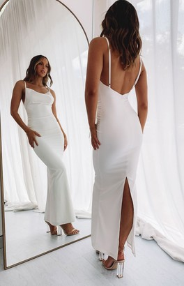 Bb Exclusive Kissing You Maxi Formal Dress Cream