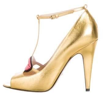 760962d4566e Gucci Gold Heel Shoes - ShopStyle