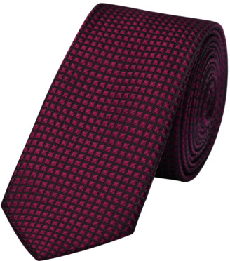 yd. Burgundy Diamond Texture 6.5cm Tie