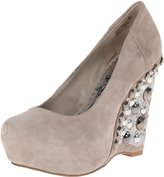 Naughty Monkey Womens Carnality Suede Wedge Pumps Taupe 6.5 Medium (B,M)
