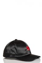 Quiz Black Rose Cap