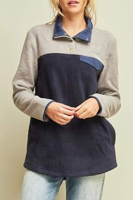 Entro Color-Block Fleece Pullover