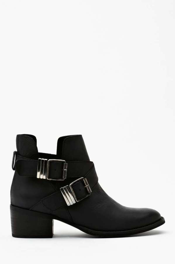 Nasty Gal Steve Madden Grizz Strapped Boot
