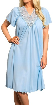 Shadowline Women's Plus-Size Beloved 40 Inch Flutter Sleeve Waltz Gown