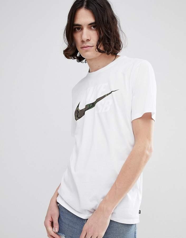 Nike Sb T-Shirt With Camo Logo In White 892823-100